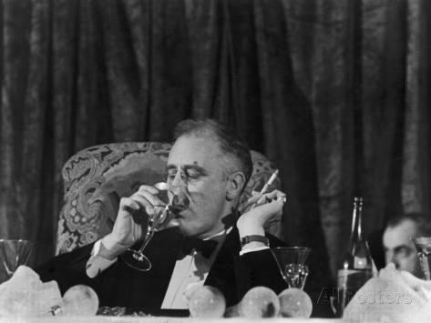 Roosevelt voulait imposer aux Français Pierre Laval et Édouard Herriot Lhistoire vraie : il y a 50 ans, le 6 juin 1964, Charles de Gaulle refusait de commémorer «le débarquement des anglo saxons»