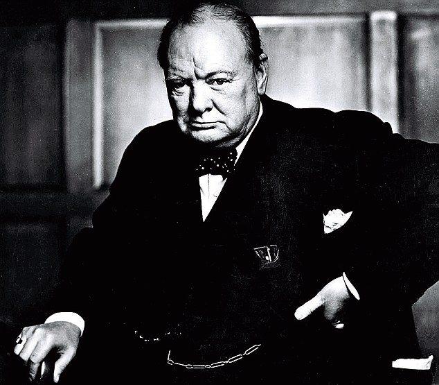 Winston Churchill choisir entre francaise et americain de gaulle Lhistoire vraie : il y a 50 ans, le 6 juin 1964, Charles de Gaulle refusait de commémorer «le débarquement des anglo saxons»