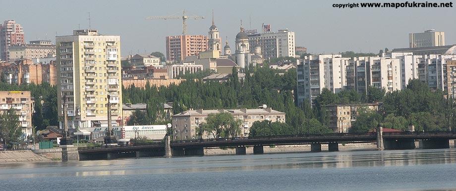 Donetsk Ukraine  city photos : ... à [Reprise] Faut il nous battre pour Donetsk , par Joseph Savès