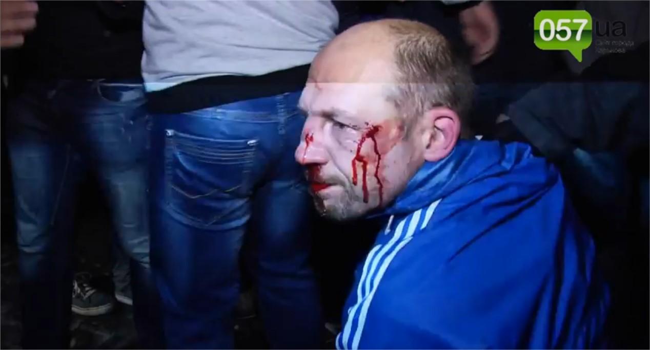 Affrontements en Ukraine : Ce qui est caché par les médias et les partis politiques pro-européens - Page 15 Violence-5