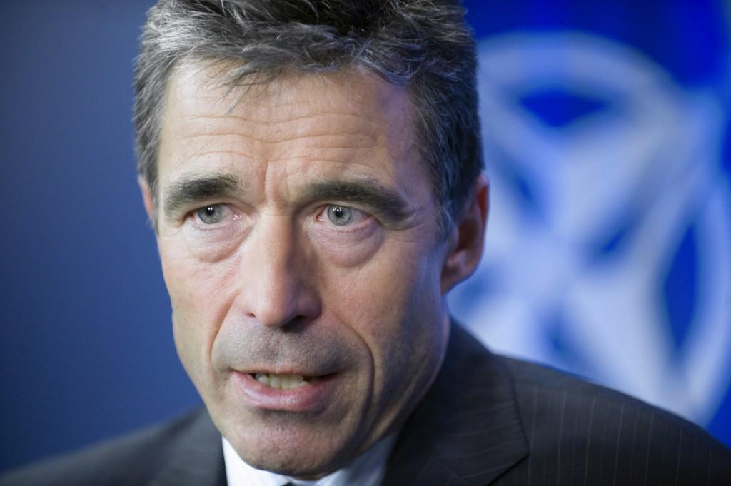 Goldman embauche un ancien secrétaire général de l'OTAN pour sécuriser un investissement de 1,5 milliards de dollars au Danemark