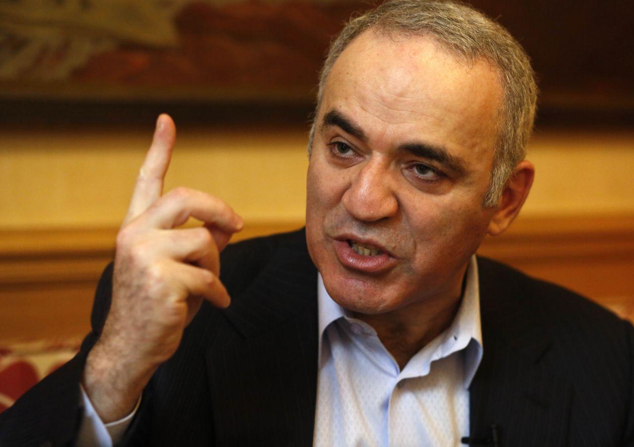 Paris (VIe), hier. Selon Garry Kasparov, « si les Etats-Unis étaient intervenus dès qu'Assad a utilisé des armes chimiques contre son peuple, on n'en serait pas là aujourd'hui ». (LP/Olivier Corsan.)