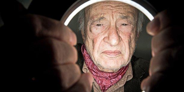 Le sociologue et philosophe Edgar Morin ausculte, du haut de ses 94 ans, l'état du monde et celui de la France. (Crédits : Hamilton/Rea)