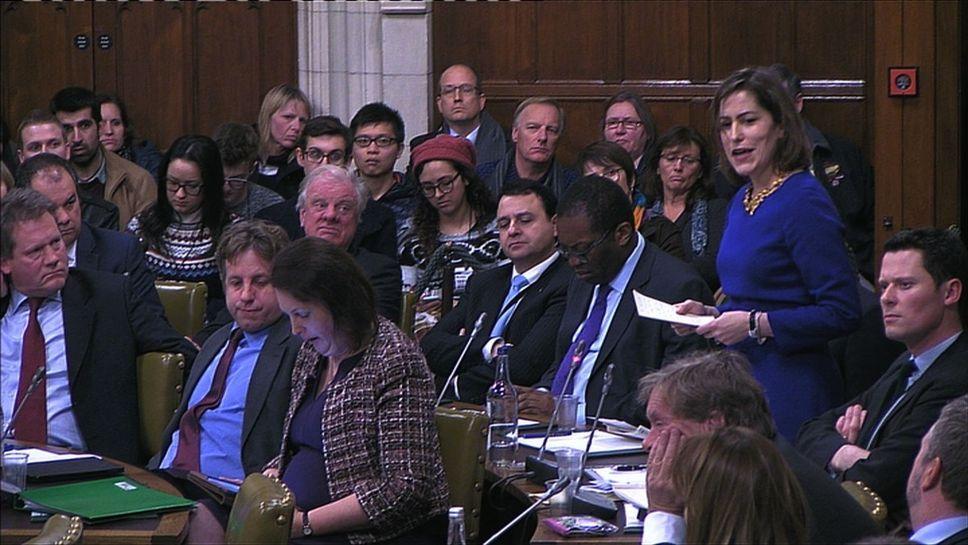 Les députés britanniques ont commencé à débattre lundi de l'opportunité d'interdire Donald Trump de séjour au Royaume-Uni.