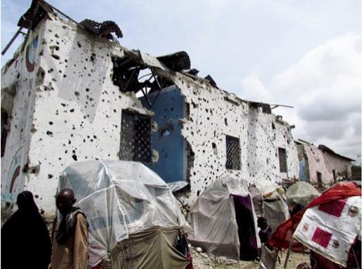 Mogadiscio, 2011. Les attaques contre les locaux de MSF se sont tellement multipliées qu'en 2014, l'ONG a été contrainte de fermer tous ses programmes en Somalie et de quitter le pays.