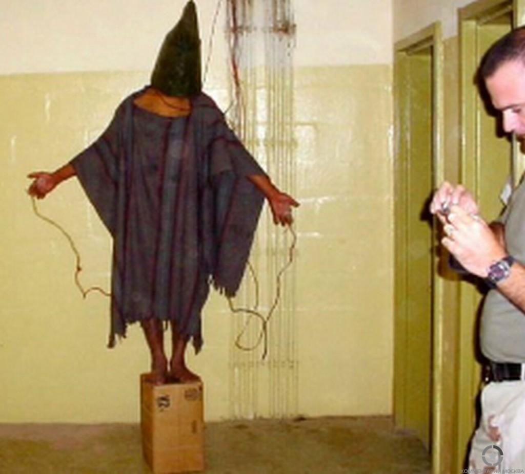 пытки-в-военных-тюрьмах-США-8