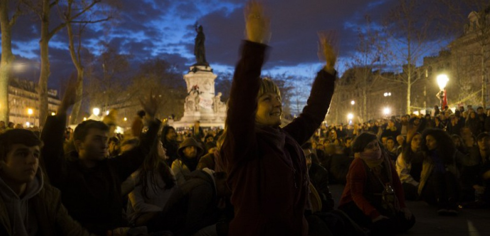 Les deux mouvements ont - chacun à leur façon - un seul objectif : renverser la table. (JOEL SAGET/AFP)