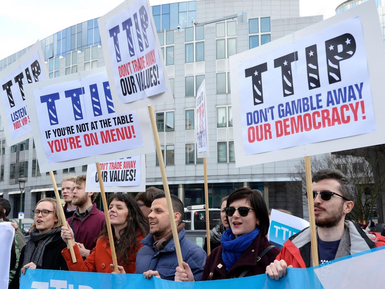 http://www.les-crises.fr/wp-content/uploads/2016/04/TTIP-AFP-Getty.jpg