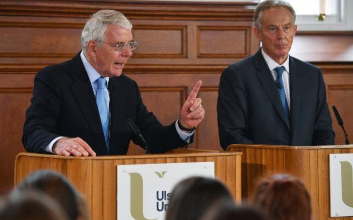 Les anciens premiers ministres britanniques John Major (L) et Tony Blair partagent une plate-forme pour l'événement Remain de la campagne à l'Université d'Ulster à Londonderry, Irlande du Nord | Crédit : Jeff J Mitchell/Reuters
