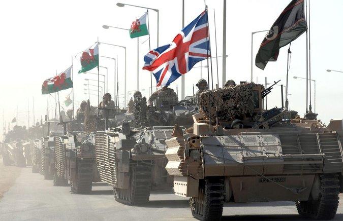 Les forces britanniques commencent à se retirer de Bassora, Irak, septembre 2007. Cpl. Steve Follows / Ministère de la Défense britannique
