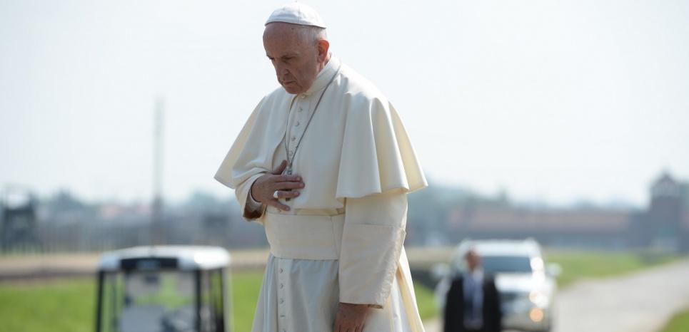 Le pape François à Birkenau, le 29 juillet. (AFP PHOTO / FILIPPO MONTEFORTE)