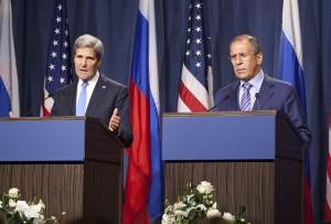 Le Secrétaire d'État américain John Kerry lors d'une conférence de presse commune sur la crise syrienne avec le ministre russe des Affaires étrangères Sergueï Lavrov. (Photo du Département d'État)