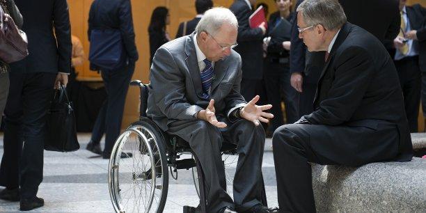 Wolfgang Schäuble, ministre des Finances allemand, et Klaus Regling, président du MES, n'ont pas apprécié les annonces d'Alexis Tsipras. (Crédits : Reuters)