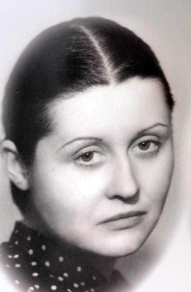 A-01-Mireillerenouvin